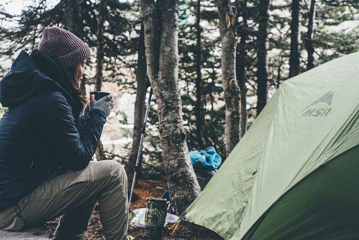 Dormir sous la tente à Fréjus