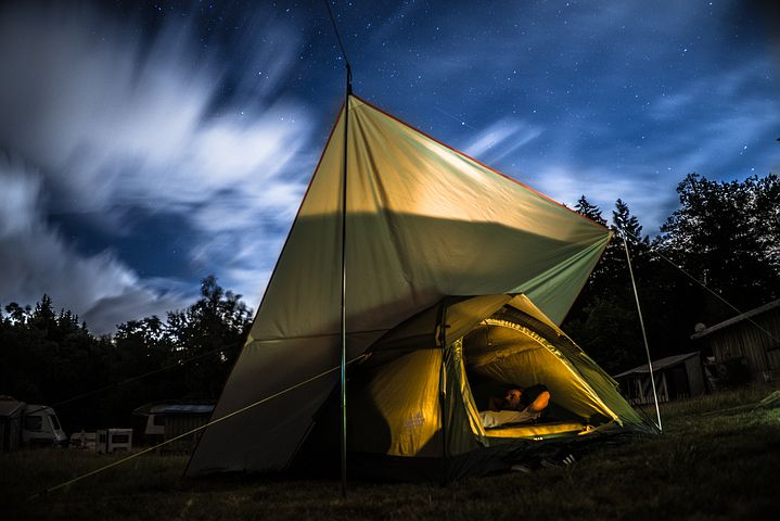 Dormir sous la tente Var